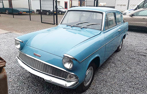 Ford Anglia de luxe 1962 • 44-GS-29